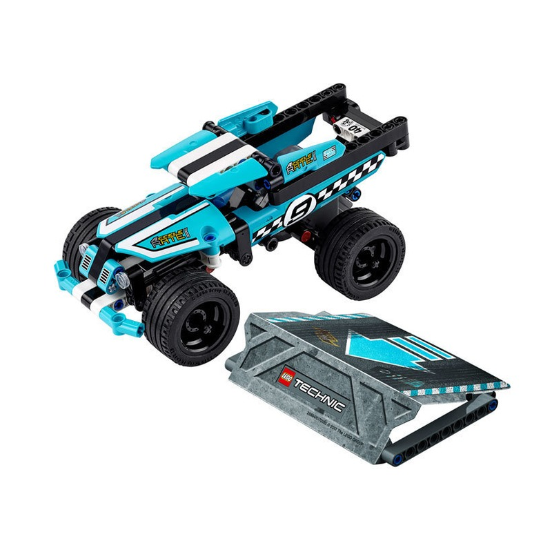 LEGO® Camion de cascadorie din categoria Lego de la LEGO