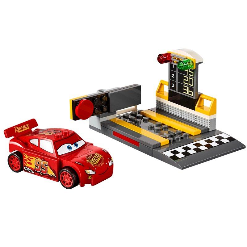 LEGO® Lansatorul de viteza Fulger McQueen™ din categoria Lego de la LEGO