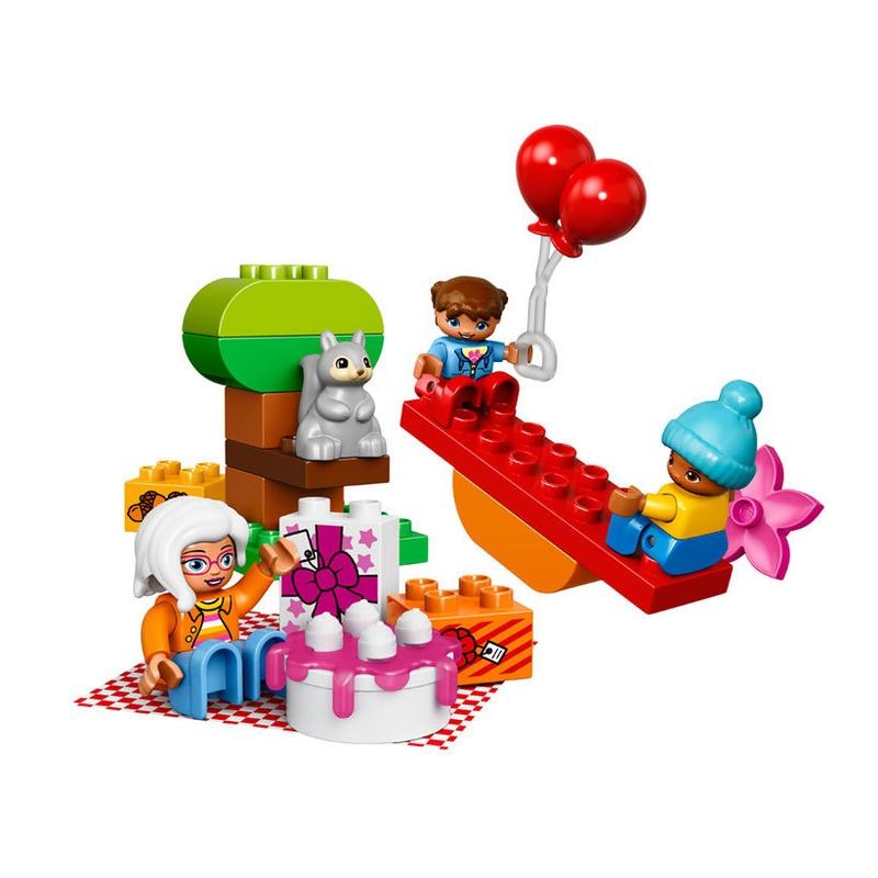 LEGO® Picnicul aniversar din categoria Lego de la LEGO
