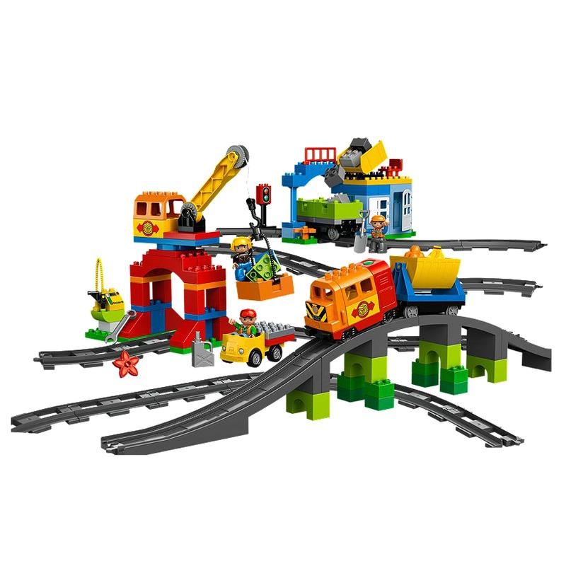 LEGO® Set de trenuri Deluxe